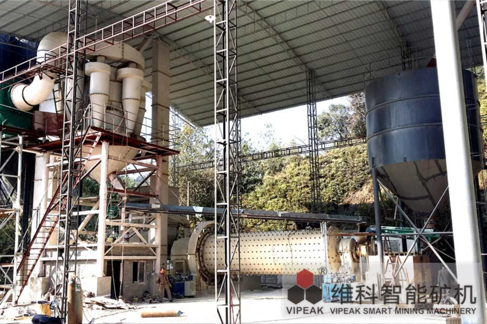 广东石英砂球磨机生产线现场
